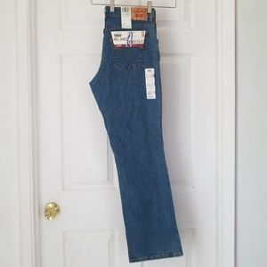 NWT Levi's 550 Relaxed Boot Cut Jean's
